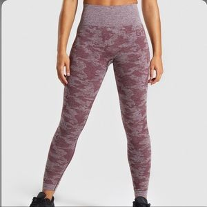 NWT Gymshark Camo Seamless Winter Berry Leggings